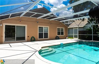 Pembroke Pines Single Family Home For Sale: 14325 NW 14th St