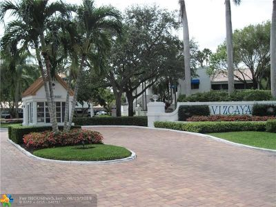 Pompano Beach Condo/Townhouse For Sale: 4128 W Palm Aire Dr #281-A