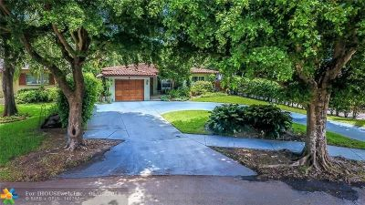 Hollywood Single Family Home For Sale: 911 N Golf Dr