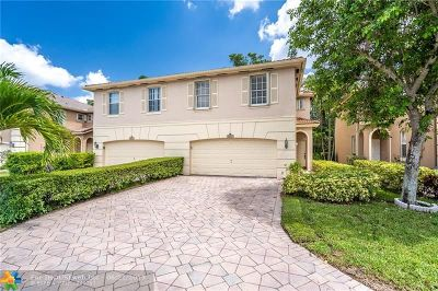 Coconut Creek Condo/Townhouse For Sale: 3573 Asperwood Cir