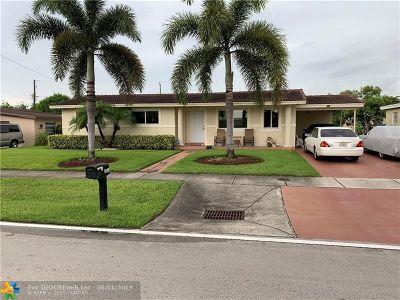 Pompano Beach Single Family Home For Sale: 820 NE 44th St