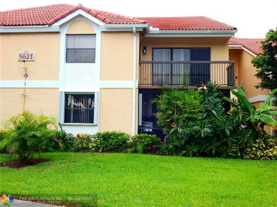 Coral Springs Condo/Townhouse For Sale: 5621 Riverside Dr #106A-1
