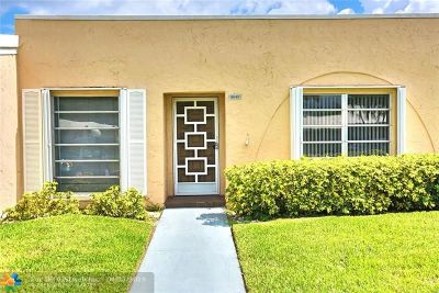 Boca Raton Condo/Townhouse For Sale: 8649 Boca Dr. #8649