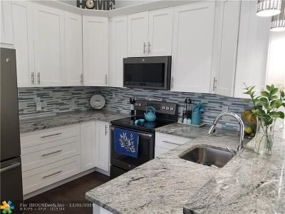 Boca Raton Single Family Home For Sale: 8308 Butterfield Ln