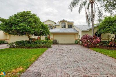 Pompano Beach Condo/Townhouse For Sale: 564 W Palm Aire Drive #564