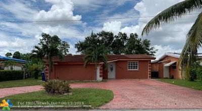 Miramar Single Family Home For Sale: 7767 Normandy St