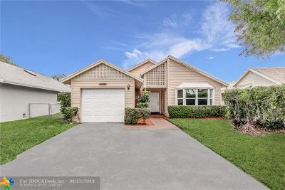 Sunrise FL Single Family Home For Sale: $330,000