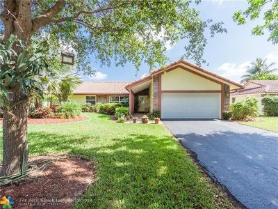 Coral Springs Single Family Home For Sale: 10177 NW 1st Mnr