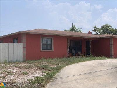 Boynton Beach Single Family Home For Sale: 216 NW 4th Ave