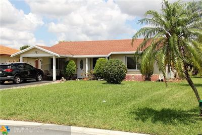 Tamarac Single Family Home For Sale: 8013 NW 95th Ln