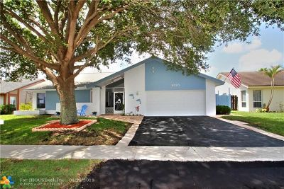 Lauderhill Single Family Home For Sale: 8520 NW 47th St
