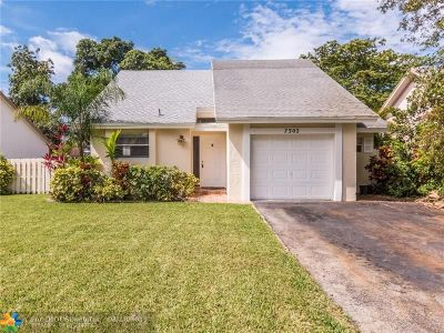 Coral Springs Single Family Home For Sale: 7302 NW 39th St