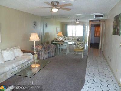 Deerfield Beach Condo/Townhouse For Sale: 468 Durham P #468