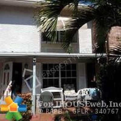 West Palm Beach Condo/Townhouse For Sale: 3603 Townhouse Ct #3603