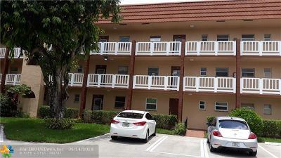 Sunrise FL Condo/Townhouse For Sale: $59,000