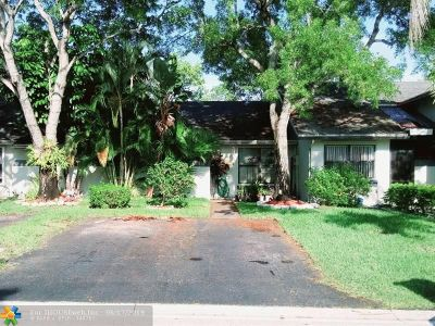 Tamarac Single Family Home For Sale: 8213 NW 100th Dr