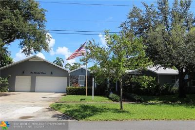 Pompano Beach Single Family Home For Sale: 611 NE NE 2nd St