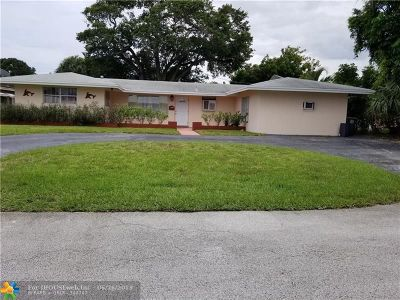 Broward County Single Family Home For Sale: 1950 NE 30th St