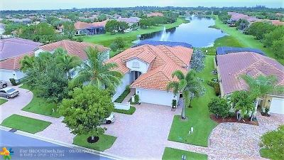Delray Beach Single Family Home For Sale: 9285 Isles Cay Dr