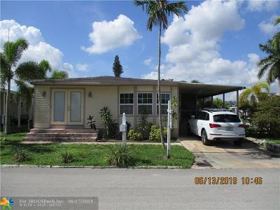 Davie Single Family Home For Sale: 8320 SW 21st St
