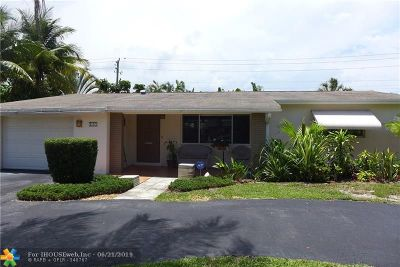 Deerfield Beach Single Family Home For Sale: 145 SE 11th St