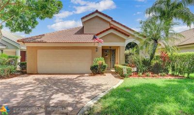 Plantation Single Family Home For Sale: 9741 NW 18th Dr