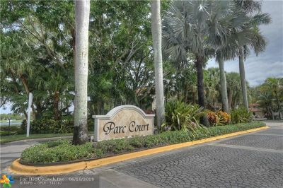 Plantation Condo/Townhouse For Sale: 971 NW 92 Te #971