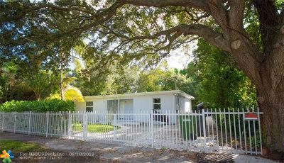 North Miami Single Family Home For Sale: 546 NE 128th St
