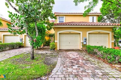 Pompano Beach Condo/Townhouse For Sale: 4177 Crystal Lake Dr #4177