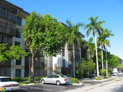 Lauderhill Condo/Townhouse For Sale: 5550 NW 44th St #508B