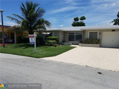 Tamarac Single Family Home For Sale: 5615 NW 48th Way
