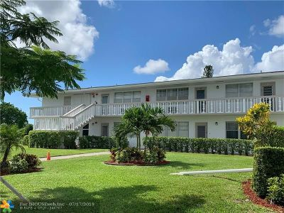 Deerfield Beach Condo/Townhouse For Sale: 358 Markham P #358