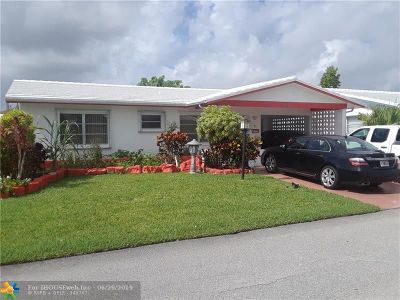 Tamarac Single Family Home For Sale: 8204 NW 57th Pl
