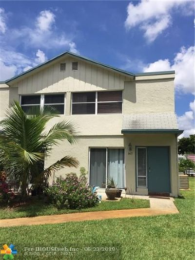 Pompano Beach FL Condo/Townhouse For Sale: $148,900