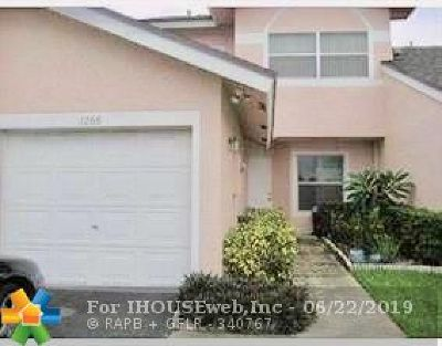 Deerfield Beach Condo/Townhouse For Sale: 1268 NW 52nd Way #1268