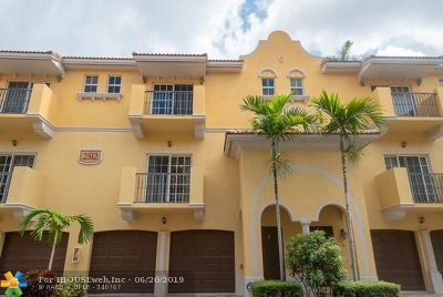 Fort Lauderdale Condo/Townhouse For Sale: 2512 SW 14th Ave #504
