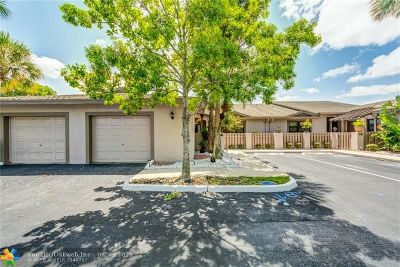 Tamarac Condo/Townhouse For Sale: 7570 NW 79th Ave #W 3