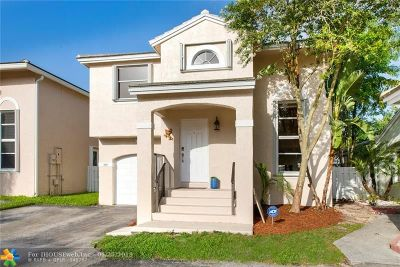 Plantation Single Family Home For Sale: 9905 NW 9th Ct