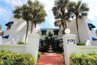 Pompano Beach Condo/Townhouse For Sale: 4130 W Palm Aire Dr #302D