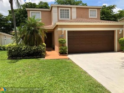 Deerfield Single Family Home For Sale: 4666 SW 12th Ct