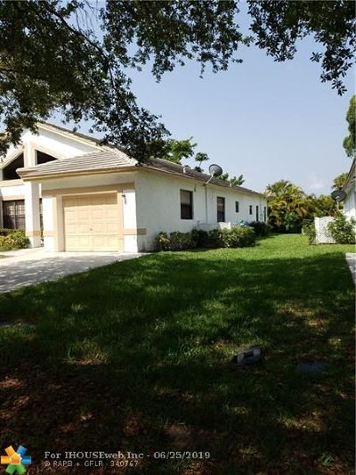 Coral Springs Multi Family Home For Sale: 3193 NW 118th Dr