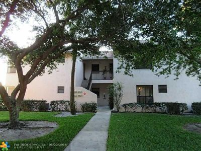 Coconut Creek Condo/Townhouse For Sale: 3470 NW 47th Ave #3522