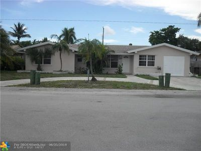 Deerfield Beach Single Family Home For Sale: 1596 SE 4th St