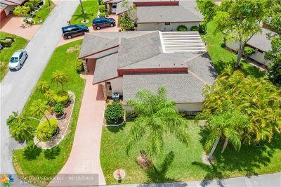 Tamarac Single Family Home For Sale: 7861 Beechfern Cir