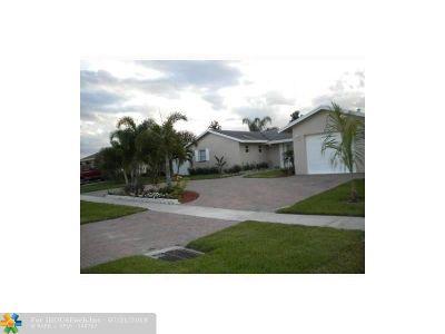 Boca Raton FL Rental For Rent: $2,775