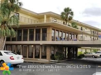 Boca Raton Rental For Rent: 9355 SW 8th Street #208