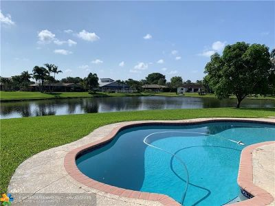 Coral Springs Single Family Home For Sale: 739 NW 83rd Dr
