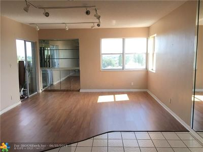 Lauderhill Condo/Townhouse For Sale: 3301 Spanish Moss Ter #904