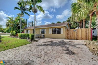 North Lauderdale Single Family Home For Sale: 8100 SW 4th Pl