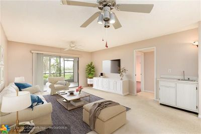 Pompano Beach Condo/Townhouse For Sale: 2200 S Cypress Bend Dr #108